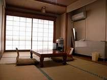 和室8畳タイプのお部屋になります