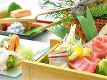 伊豆と言えばやはり新鮮な海の幸。厳選した海鮮を召し上がれ♪