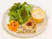 ベーカリー「ecru」の朝食(1プレート料理)