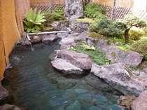庭園風の露天風呂
