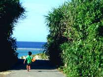 【周辺】自然のままの状態でお楽しみ頂ける、長浜ビーチ