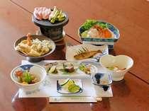【近郊の味覚満載】 山の幸プランの夕食一例