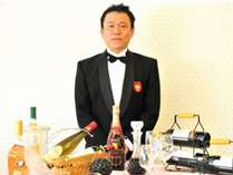 お料理にぴったりのワインをソムリエがチョイスし、数種類ご提供に伺います。
