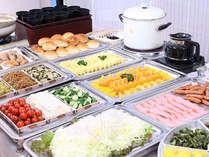 ご朝食「地元の食材を盛り込んだ30品以上の和洋バイキング」[朝7時~9時]