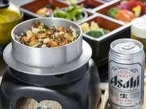 夜食プランの一例■釜飯弁当と缶ビール