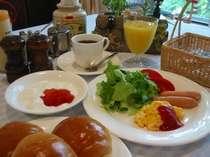 しっかり朝食を食べて朝からばっちり滑ろう!