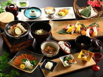 本館【科野会席】長野県産信州プレミアム牛のステーキはとろける味わい