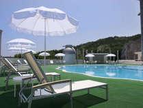 ◇◆夏には、ガーデンプールで、バーベキューも行っております。◆◇