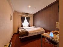 *ツイン(客室一例)/カップルでのご宿泊にオススメ!寝心地で定評のあるサータ社製のマットレスを使用。