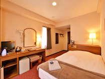 *シングル(客室一例)/一人旅やビジネスに◎サータ社製のマットレスで安眠の夜を。