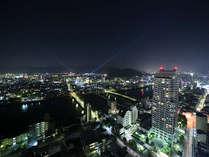 高知市街の夜景を一望