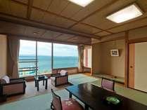 ゆったり12畳タイプ本館和室(大徳館)眺望はもちろん海!