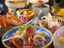 新鮮な海の幸が並んだご夕食をお楽しみください