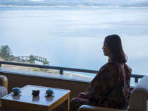 七尾湾が一望!海と潮風に癒される和室です