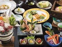カニをふんだんに4品創作料理風にアレンジした旬の味をお楽しみください。和牛雪中鍋付き!