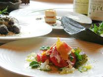 地元の食材を使い心を込めたフルコースディナーはワインとの相性も◎♪温もりのログハウスで優雅なひと時を