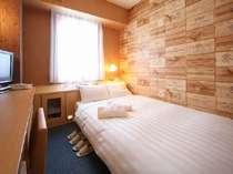お部屋は狭いですが、2人一緒がいい♪という方におすすめ。ベッドは120センチのセミダブル