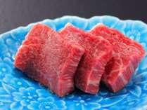 【お料理グレードUP♪】夕食に特選料理が並ぶ!<特大ロブスター・黒毛和牛ステーキ・蒸し鮑>