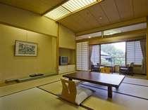 【新館客室】10畳・広縁・バス付き(一例)