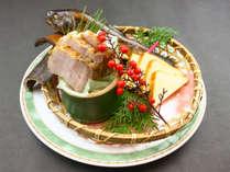 20周年記念特別プラン限定の追加料理『自家製の燻製3種』です。是非ご賞味ください。