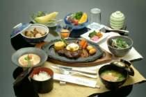 ご夕食選択メニュー ステーキ膳イメージ写真