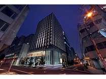 【ホテルユニゾ大阪淀屋橋:外観夜】