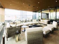 【テラス】魅力的なテラスで開放感と広島の季節のうつろいもお楽しみいただけます。 6:00a.m~11:00p.m