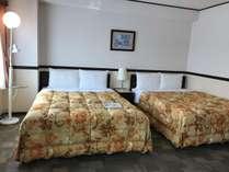 デラックスツイン ベッド