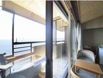 全室海側の露天風呂付客室。