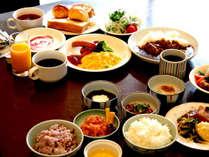 朝食バイキング こだわりの和洋30品目