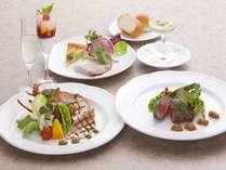 ☆夏の宿泊者限定☆カフェドパリ提供ディナー+朝食バイキング付