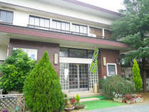 *【外観】浜名湖と太平洋を望む純和風旅館。