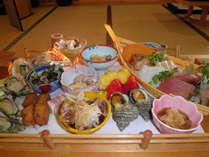 料理自慢♪お魚好きさん注目!素材の味を活かした皿鉢料理に舌鼓(¥10,800)