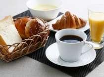 【Morning Service (無料) 】パン、コーヒー、スープ、ジュースなど朝食無料サービスを御利用下さい。