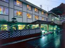 *全国の温泉ファンに親しまれている老舗温泉旅館です。