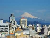 8階食堂からの眺望晴れたひには富士山が