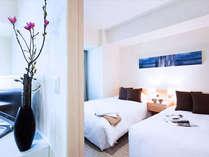 <1ベッドルーム・ツイン> リビングと独立したベッドルーム *ベッド:120cmx200cm