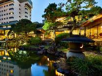 日本庭園より