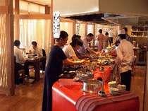 かまどレストラン風景。炊きたて・煮たて・焼きたての優しさがたっぷり