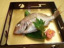 【加賀料理】鯛に卯の花を詰め込んだ、「鯛の唐蒸し」
