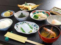 *朝食(一例)朝から手作りの和食をお腹いっぱいお召し上がりください!