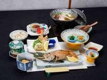 *【夕食一例】お料理には一切妥協しません。ぜひ一度ご賞味下さい。