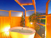 新しく誕生した露天付き客室☆温泉ではないけど薬草湯が楽しめる。(洋室・和室共通)