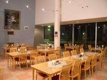 1Fレストラン 夕食・朝食の食事場所です。