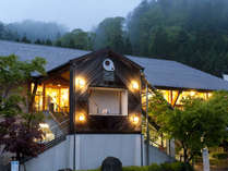 *【外観】温泉、美術館、スキー場が併設されたリゾート宿泊施設です