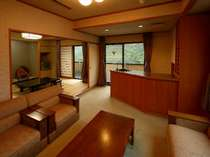 古代檜風呂付特別室【雪月花】お酒を楽しめるプライベートカウンターバー付