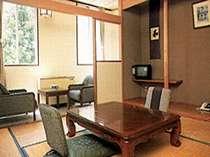 小さな旅館タイプのお部屋です