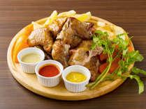 【お料理】夕食の一例/名物 ロティサリーチキン