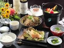 当館自慢のスタンダード料理一例です。信州の旬味覚をたっぷりとお楽しみいただけます。