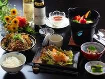 ■~『旬味覚を楽しむスタンダード』~ 旬の信州食材の味を損なわぬよう丁寧に調理した自慢の料理です。